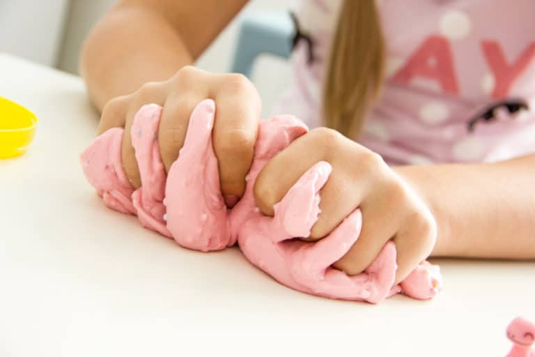 How To Dispose Of Oobleck Safely In 5 Steps