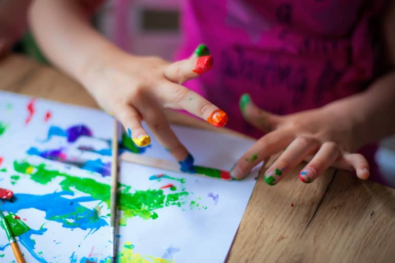 10 Educational Games With Paint For Babies & Toddlers
